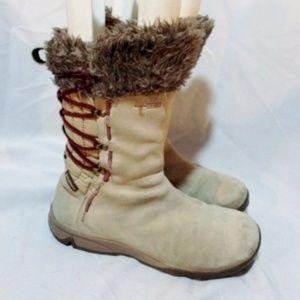 SALOMON Sherpa Mukluk WATERPROOF BOOTS